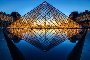 louvre_pyramid_by_digitalbrain-d5b35jb