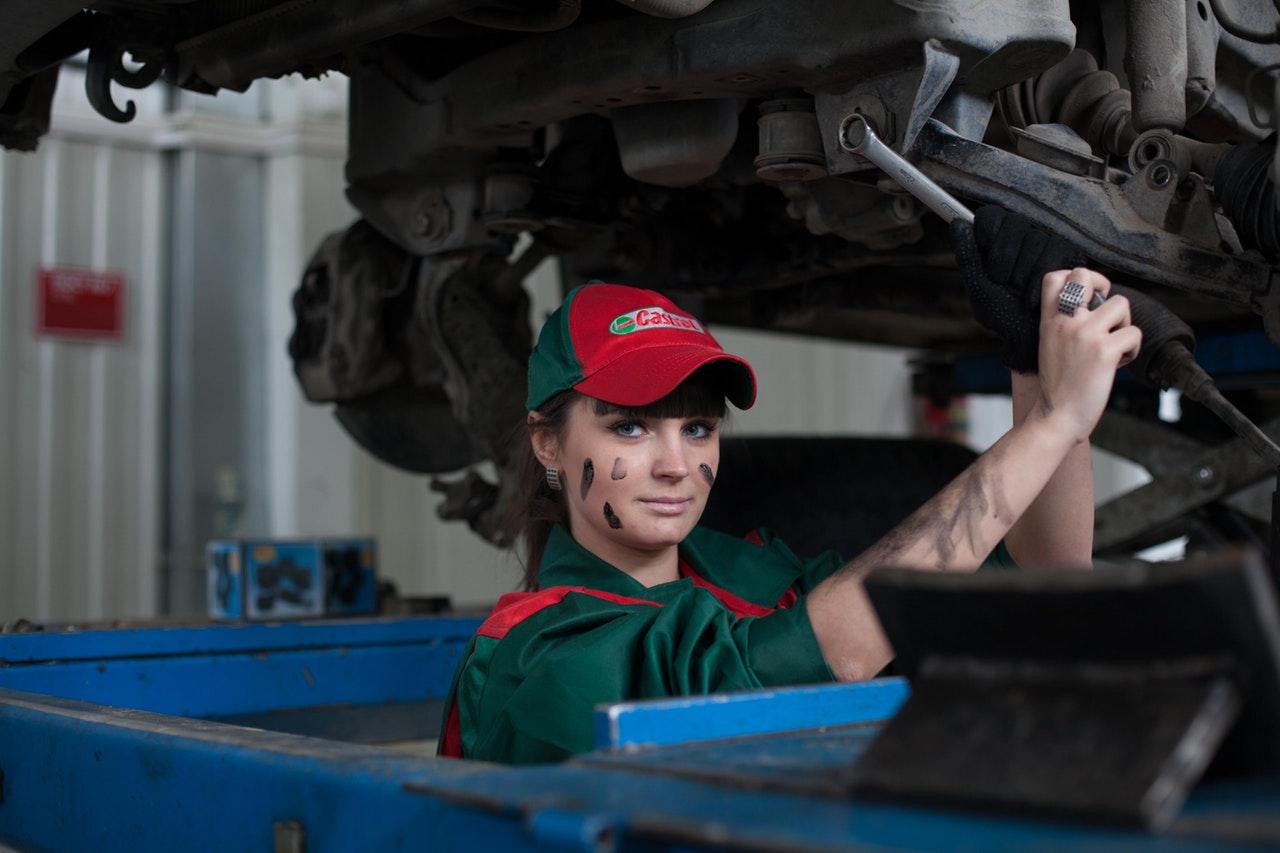 10 Helpful Car Maintenance and Tech Tips