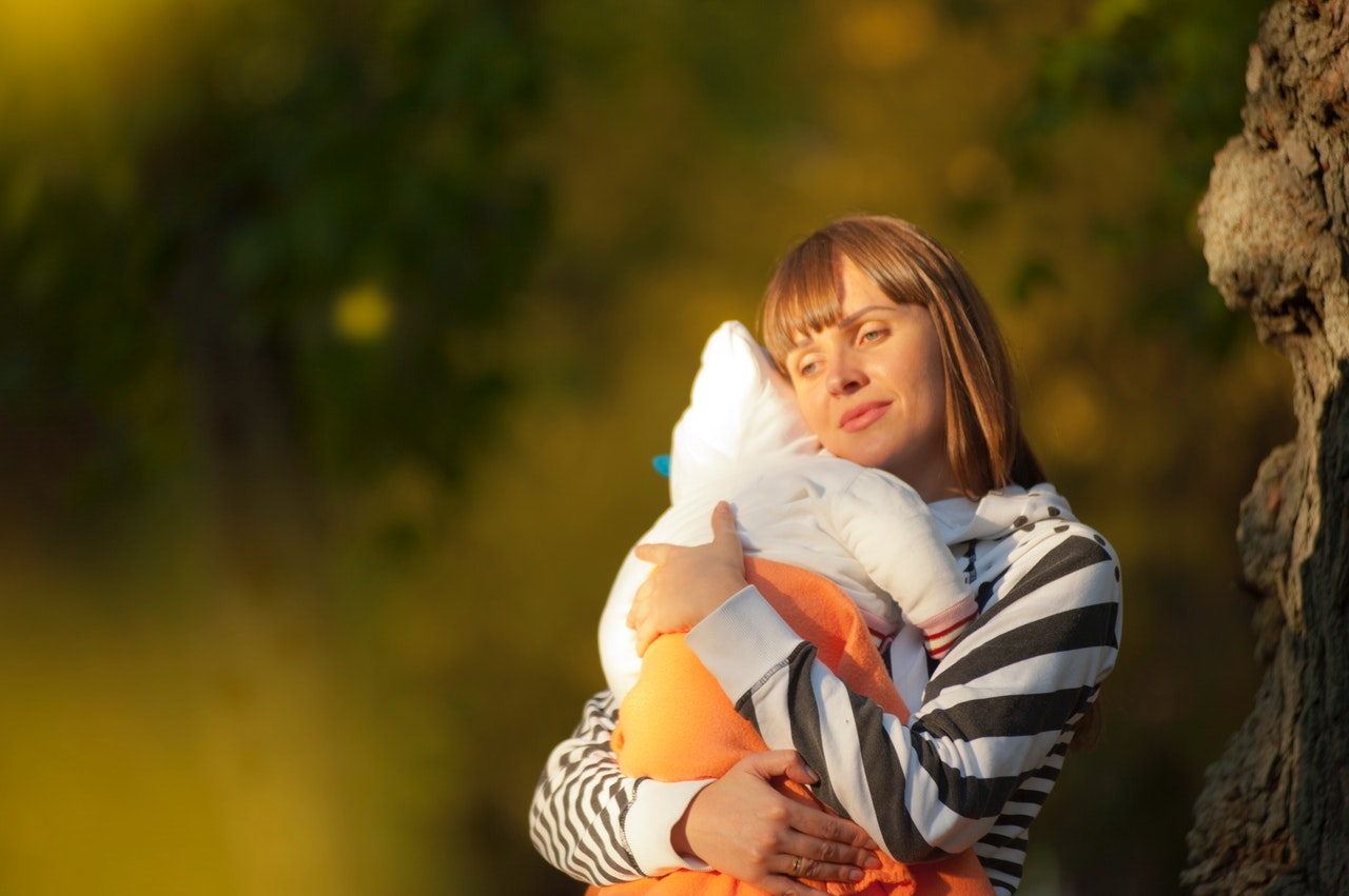 5 Tips to Survive Life with a Newborn