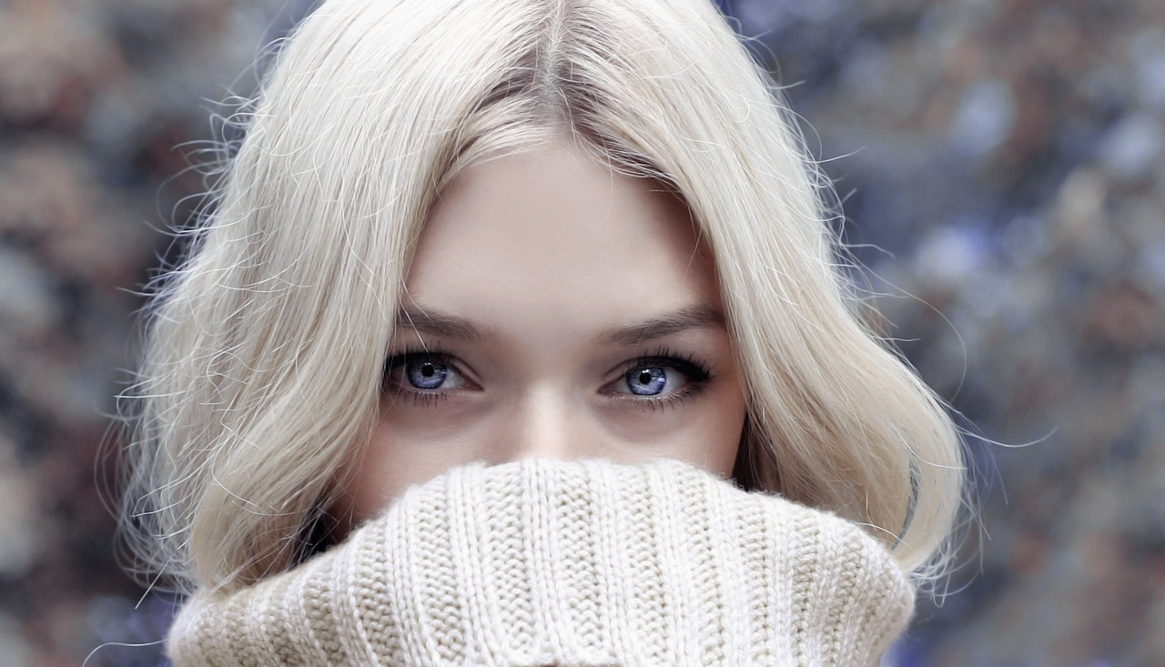 5 Winter Makeup Tips for Glowing Skin
