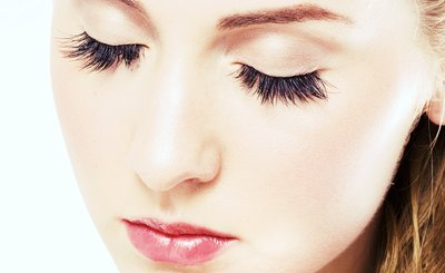 Why Eyelash Extensions Are the Way to Go!